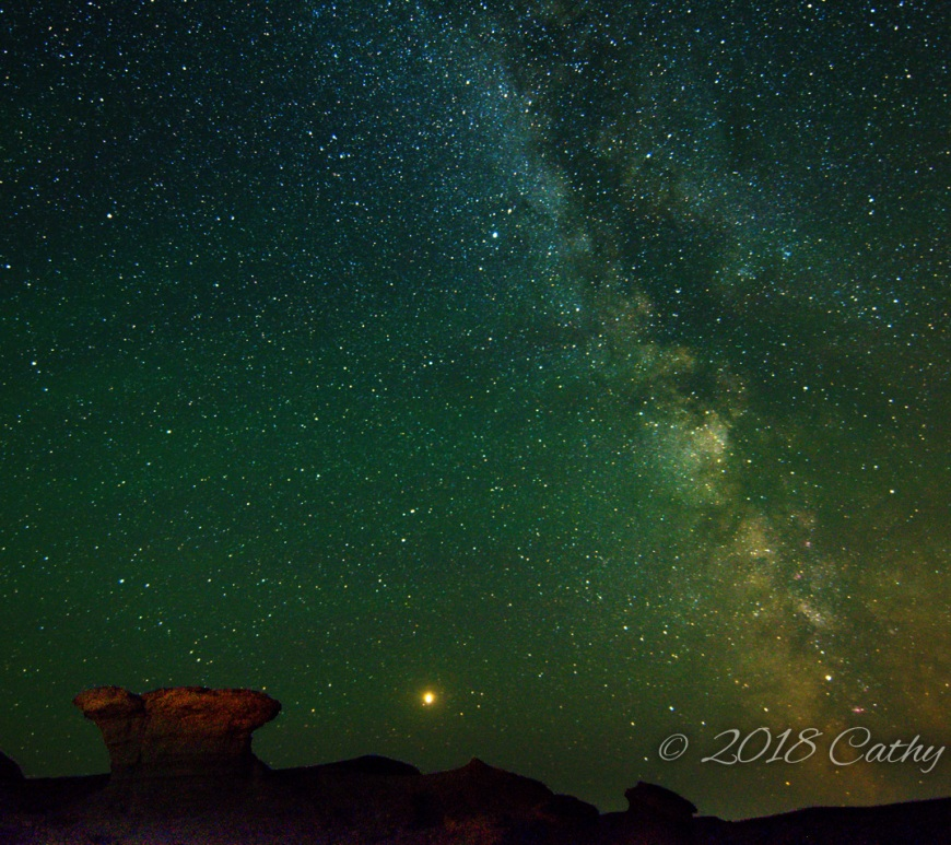 Avonlea Badlands - Hoodoo, Mars and Milky Way